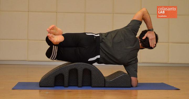 Esercizio 3: side hip left spine corrector.